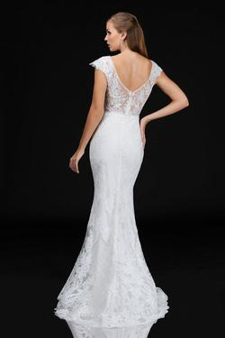 Style 4203 Nina Canacci White Size 8 Tall Height Lace Mermaid Dress on Queenly