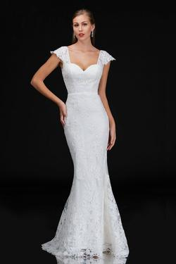 Style 4203 Nina Canacci White Size 12 Wedding Tall Height Lace Mermaid Dress on Queenly