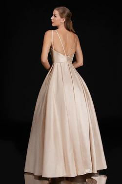 Style 5140 Nina Canacci Gold Size 4 Plunge Tall Height Ball gown on Queenly