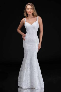 Queenly size 14 Nina Canacci White Mermaid evening gown/formal dress