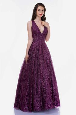 Queenly size 12 Nina Canacci Purple A-line evening gown/formal dress