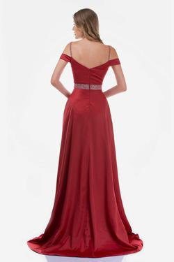 Style 6536 Nina Canacci Red Size 10 Prom Side slit Dress on Queenly