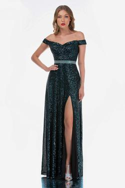 Queenly size 12 Nina Canacci Green Side slit evening gown/formal dress