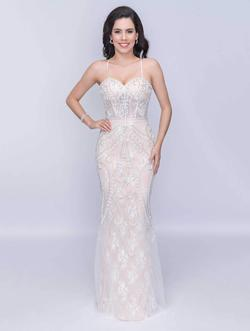 Queenly size 4 Nina Canacci White Mermaid evening gown/formal dress