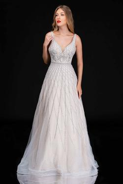 Queenly size 8 Nina Canacci White A-line evening gown/formal dress