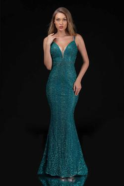 Queenly size 8 Nina Canacci Green Mermaid evening gown/formal dress