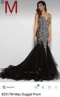 Queenly size 8 Mac Duggal Black Mermaid evening gown/formal dress