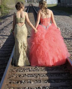 Sherri Hill Gold Size 2 Prom Backless Straight Dress on Queenly