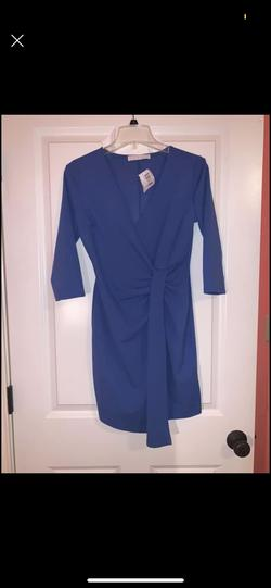 Blue Size 2 Cocktail Dress on Queenly