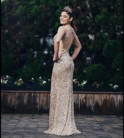 Gold Size 0 Straight Dress on Queenly
