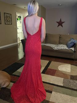 Red Size 0 Straight Dress on Queenly
