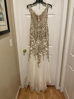 Camille La Vie White Size 6 Embroidery Mermaid Dress on Queenly