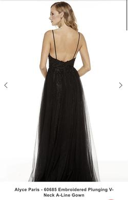 Style 60685 Alyce Paris Black Size 0 Prom Side slit Dress on Queenly