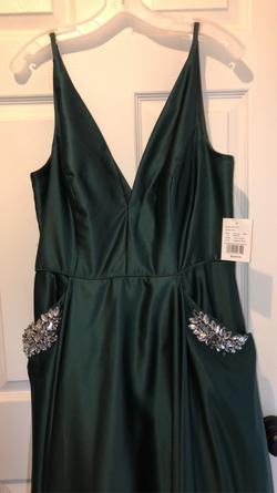 Davids Bridal Green Size 14 Ball gown on Queenly