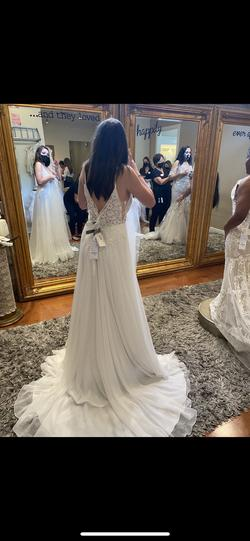 Maggie Sottero White Size 12 Plunge A-line Dress on Queenly