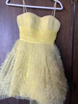 Queenly size 0 Sherri Hill Yellow Cocktail evening gown/formal dress