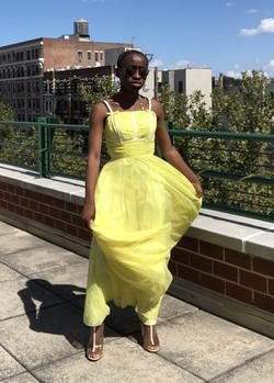 International Ladies Garment Workers Union Yellow Size 00 Prom Quinceanera Ball gown on Queenly