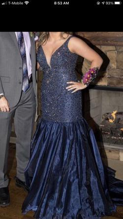Sherri Hill Blue Size 12 Plunge Mermaid Dress on Queenly