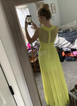 BCBG Yellow Size 0 Prom Halter Straight Dress on Queenly