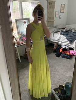Queenly size 0 BCBG Yellow Straight evening gown/formal dress