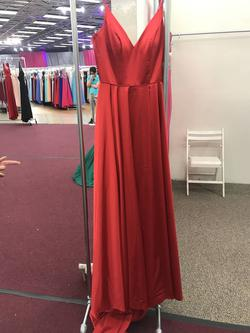 Sherri Hill Red Size 4 Prom Plunge Train Dress on Queenly