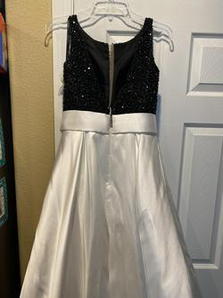 Jovani White Size 2 Pageant Straight Dress on Queenly