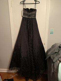 Mac Duggal Black Size 6 Prom Strapless Ball gown on Queenly