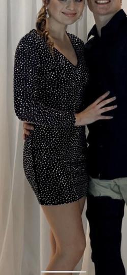 Windsor Black Size 6 Sorority Formal Cocktail Dress on Queenly