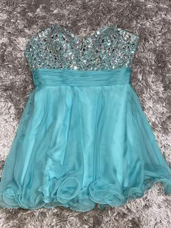 Queenly size 10 Alyce Blue Cocktail evening gown/formal dress
