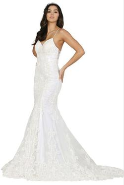 White Size 12 Mermaid Dress on Queenly