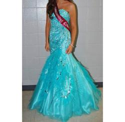 Queenly size 4 MacDuggal Blue Mermaid evening gown/formal dress