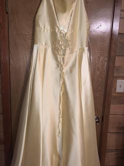 Sherri Hill Yellow Size 18 Corset Pockets Ball gown on Queenly