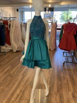 Sherri Hill Green Size 0 Jewelled Halter Turquoise Cocktail Dress on Queenly