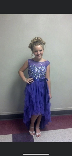 Queenly size 00  Purple A-line evening gown/formal dress