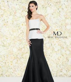 Style 25303 Mac Duggal Multicolor Size 4 White Prom Mermaid Dress on Queenly