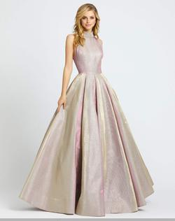Style 25957 Mac Duggal Pink Size 4 Halter Pageant Ball gown on Queenly