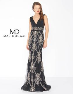 Style 50414 Mac Duggal Black Size 0 V Neck Pageant Straight Dress on Queenly