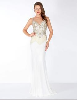 Style 62957 Mac Duggal White Size 8 Jewelled Pageant Mermaid Dress on Queenly