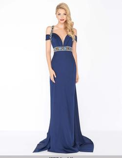 Style 62996 Mac Duggal Blue Size 4 Jersey Prom Straight Dress on Queenly