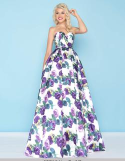 Style 66315 Mac Duggal Purple Size 8 Print Floral Ball gown on Queenly