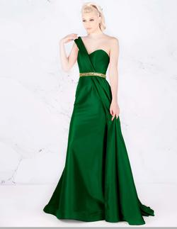 Style 66924 Mac Duggal Green Size 0 One Shoulder Pageant A-line Dress on Queenly
