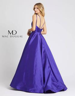 Style 67100 Mac Duggal Purple Size 12 Pageant V Neck Ball gown on Queenly