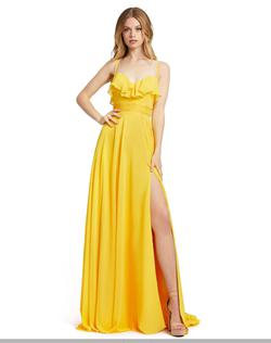 Style 67344 Mac Duggal Yellow Size 12 Prom Side slit Dress on Queenly
