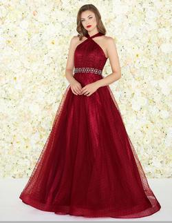 Style 67663 Mac Duggal Red Size 6 Prom Halter Burgundy Ball gown on Queenly