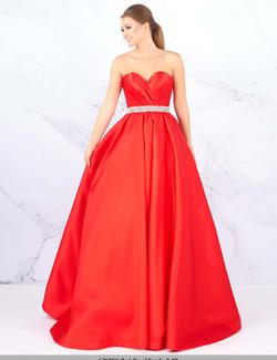 Style 67685 Mac Duggal Red Size 12 Strapless A-line Pageant Ball gown on Queenly