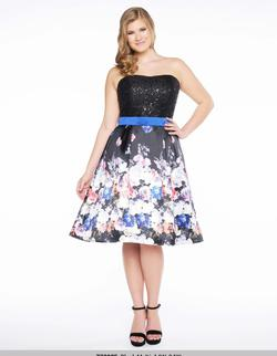 Style 77303 Mac Duggal Black Size 14 Wedding Guest Homecoming Plus Size Cocktail Dress on Queenly