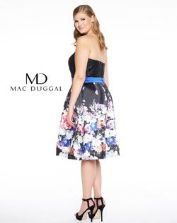 Style 77303 Mac Duggal Black Size 16 Wedding Guest Homecoming Plus Size Cocktail Dress on Queenly