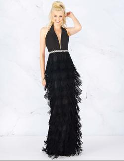 Style 77417 Mac Duggal Black Size 6 Fringe Straight Dress on Queenly