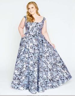 Style 77475 Mac Duggal Blue Size 14 Floral Multicolor Ball gown on Queenly