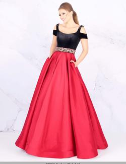 Queenly size 4 Mac Duggal Red Ball gown evening gown/formal dress